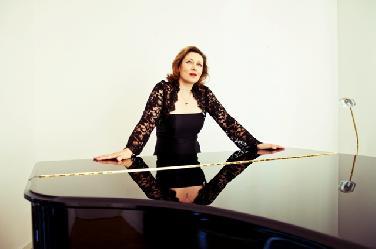 Pianistin Masha Dimitrieva im Portrait