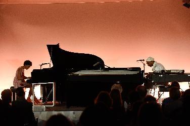 Herausragend: Marialy Pacheco und Omar Sosa ( Piano)