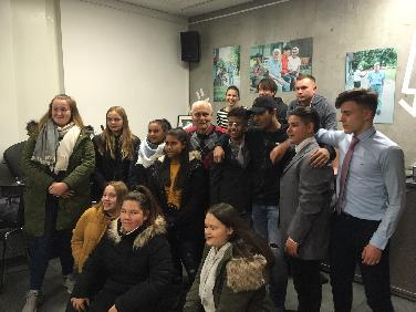Ausstellung: Jugend - Ostend 86 in ND