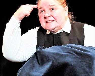 Adelheid Bräu spielt Emily Bronte-Roman
