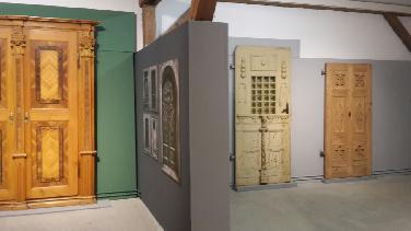 """Ausstellung """"Zwischen Tür und Angel"""""""