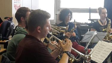 Jazzförderpreisträger Lukas Lindner bereitet Konzert vor