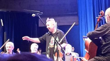 Nigel Kennedy und das Georgische Kammerorchester
