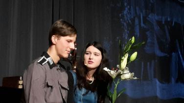 Holocaust-Gedenken im Gnadenthalgymn. mit Theaterstück
