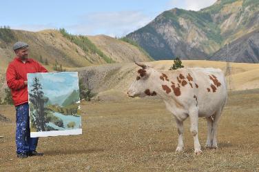 Kunstdiskurs mit einer sibirischen Kuh