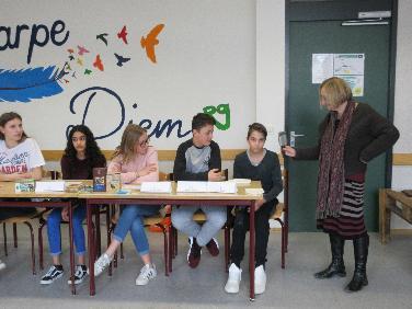 """sozial-global"" -Projekte der Tilly-Realschule"