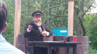 "Sommerbühne: ""Alles ist groß"" mit Olaf Danner"