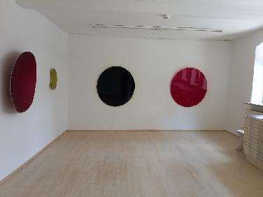 Galerie Mariette Haas: Eine runde Sache