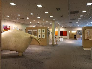 Kunstmarkt im ehemaligen Schuhgeschäft Salamander